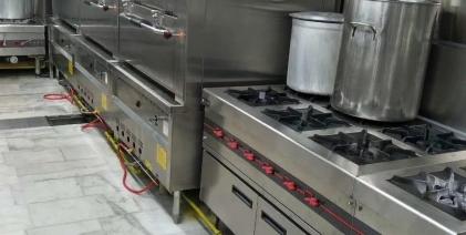 厨房灶具安装要正确,家居安全有保障